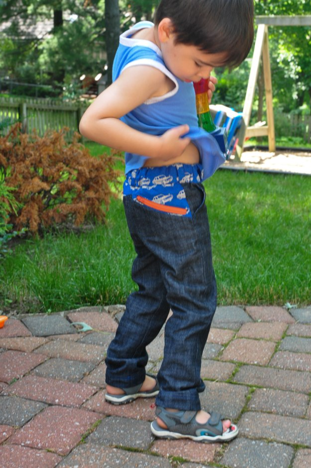 W Pants PDF Sewing Pattern by Blank Slate Patterns sewn by The Creative Counselor