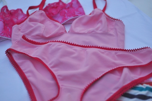 Watson bra and panty sets sewn by Katie @ www.creative-counselor.com